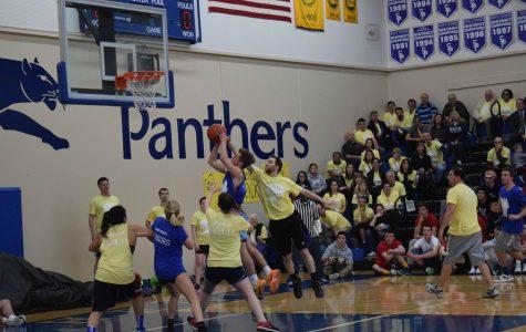 Upset! Faculty Beats Seniors in Basketball