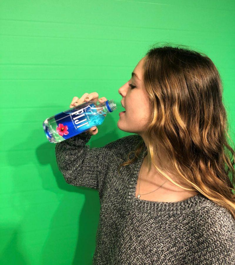 Piper+Wood+%2721+drinking+Fiji+Water.