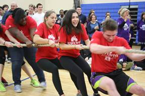 Seniors Rope First Place Win in Tug of War