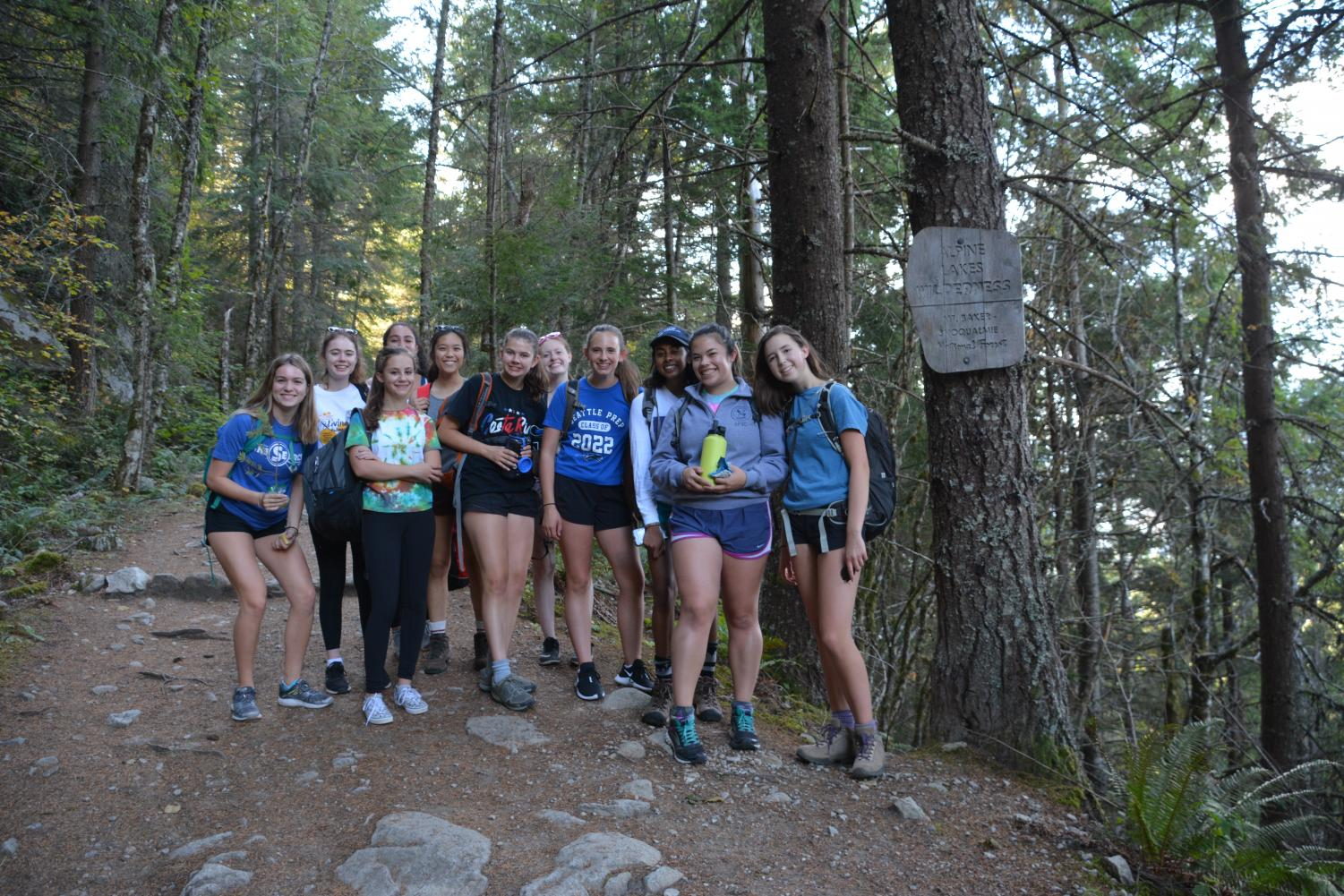 The Outdoors Club members pose for a photo on their first weekend hike. The club seeks to appreciate the outdoors in a low-commitment setting.